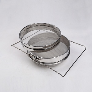 beekeeping-supplies-stainless-steel-honey-strainer