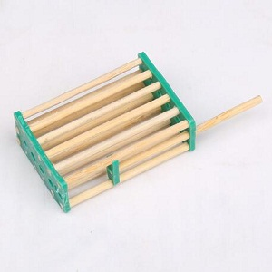 Beekeeping tools supplies bamboo bee queen cage for sale
