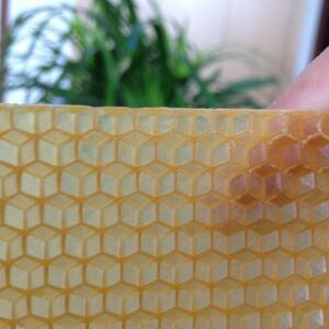 Beeswax foundation sheet | ASSEbee