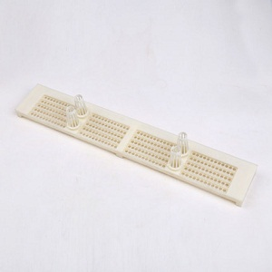 Beekeeping supplies 5 rows plastic bee hive pollen traps