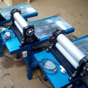 Roller length 450mm Electric beeswax foundation sheet machine